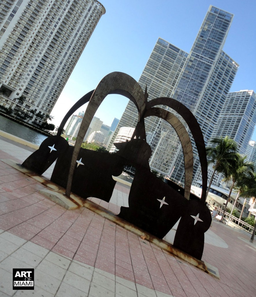 """jose bedia public art sculpture """"duenos de las estrellas"""""""