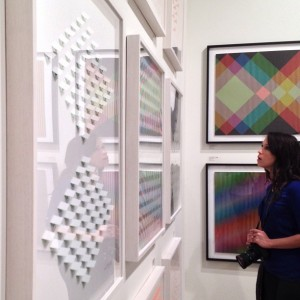 photographer in awe at luis tomasello art basel