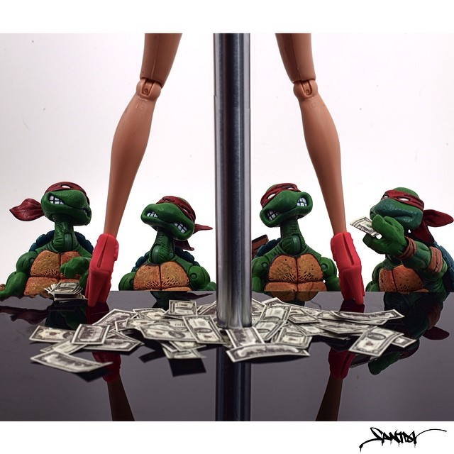 ninja turtles on strip club