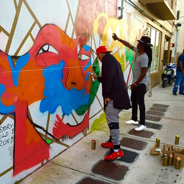 Chris brown ron bass collaborate with giant mural in for Chris brown mural