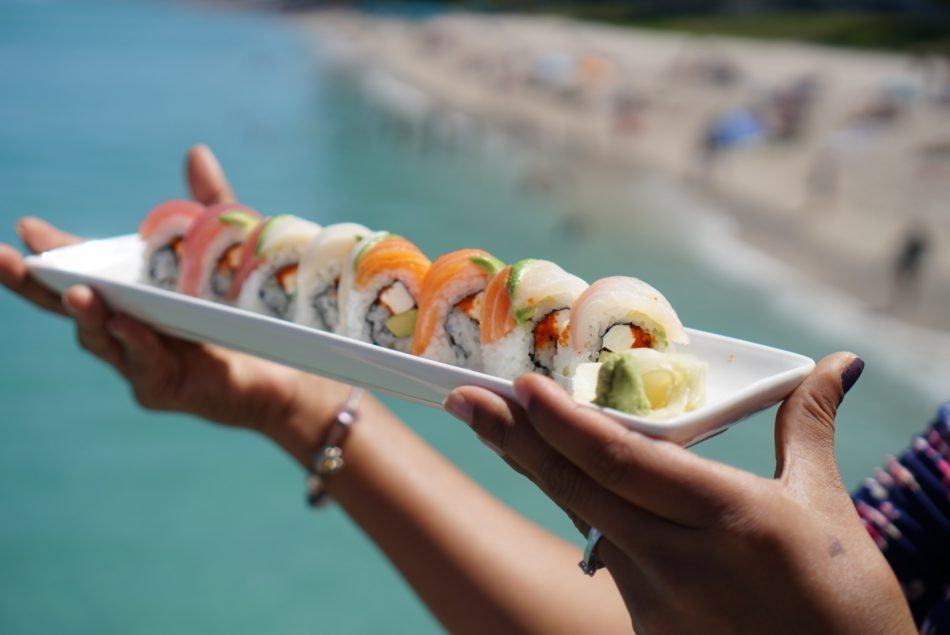sushi rolls by the sea